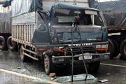 Tai nạn liên hoàn giữa 4 xe ô tô trên quốc lộ 13
