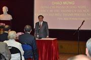 Đồng chí Phạm Quang Nghị gặp gỡ cộng đồng người Việt tại Pháp