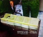 Sơn La bắt 4 đối tượng vận chuyển 20 bánh heroin
