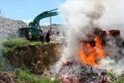 Tây Ninh tiêu hủy trên 700.000 bao thuốc lá nhập lậu