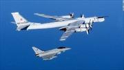 """Mỹ chặn 2 máy bay Nga """"hỏi thăm"""" ngày Quốc khánh"""
