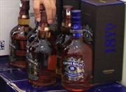 Phá ổ nhóm sản xuất rượu Chivas rởm