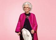 Người mẫu trăm tuổi với nhan sắc phi thường trên Vogue