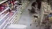 Trắng trợn bắt cóc trẻ giữa trưa tại siêu thị