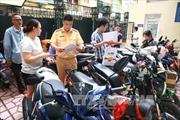 Ít người làm thủ tục trong ngày đầu nộp thuế trước bạ xe máy điện