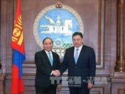 Thủ tướng Nguyễn Xuân Phúc gặp Chủ tịch Quốc hội Mông Cổ