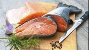 Ăn cá béo đẩy lùi ung thư ruột