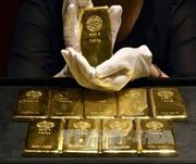 Giá vàng thế giới chạm đáy 6 tuần