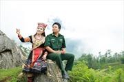 """Vi Hoa ra mắt album """"Biên giới tình em"""""""