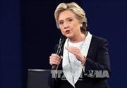 WikiLeaks bung tiếp email nhạy cảm của êkíp Clinton