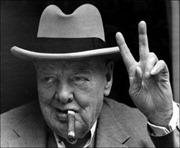Cựu Thủ tướng Anh Churchill đã muốn cải sang đạo Hồi