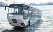 """Xe buýt lội nước đầu tiên ở Đức """"hút"""" khách du lịch"""