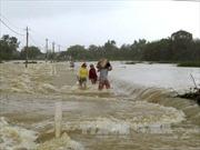 Mưa lũ ở miền Trung giảm dần, Nam Biển Đông đề phòng lốc xoáy