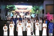 Thiếu nhi Việt Nam tại Séc vui đón Giáng sinh