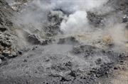 """Siêu núi lửa gần thành phố Naples có dấu hiệu """"tỉnh giấc"""""""