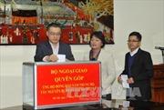 Bộ Ngoại giao quyên góp ủng hộ đồng bào bị mưa lũ