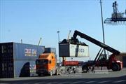 """Giải quyết """"điểm nóng"""" ùn tắc giao thông tại cảng Cát Lái"""