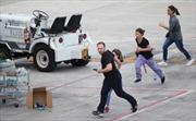 Vụ xả súng sân bay Mỹ: Thoát chết nhờ... laptop