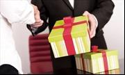 Thưởng tiền cho người cung cấp thông tin về biếu xén quà Tết