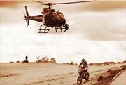 Cười bể bụng với những cung đường trơn như bôi mỡ của Dakar Rally 2017