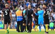 Man City lạc lối, Guardiola sợ hãi