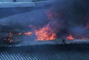 Đang cháy lớn ở kho hàng phế liệu tại quận 9, TP Hồ Chí Minh