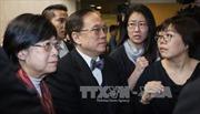 Cựu Trưởng Đặc khu Hong Kong lập tức bị tống giam