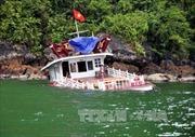 Đắm tàu du lịch trong âu cảng quốc tế Tuần Châu do quên nới dây neo