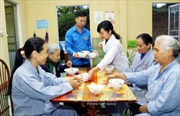 Những bác sĩ áo xanh tình nguyện