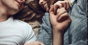 Sơn tường màu gì giúp vợ chồng ham muốn nhiều hơn
