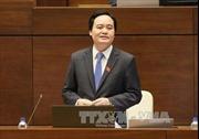 Bộ trưởng Phùng Xuân Nhạ biểu dương thày trò xếp hàng truyền máu ở Quảng Ninh
