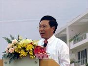 Phó Thủ tướng Phạm Bình Minh chào Chủ tịch Quốc hội Campuchia