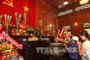 Tiếp nhận mẫu tượng Nguyễn Tất Thành - Nguyễn Sinh Sắc
