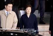 Nhóm công tố đặc biệt đề nghị bắt giữ cựu Tổng thống Park Geun-hye