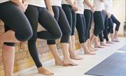Hãng hàng không Mỹ cấm thiếu nữ mặc quần legging lên máy bay
