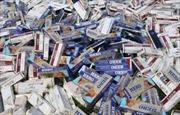 Bắt xe ô tô vận chuyển 10.000 bao thuốc lá lậu
