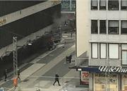 Xe tải lao vào đám đông ở Thụy Điển, nghi ngờ tấn công khủng bố