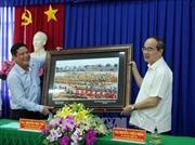 Đồng chí Nguyễn Thiện Nhân chúc Tết đồng bào Khmer tại Sóc Trăng