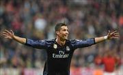 Ronaldo lập siêu kỷ lục 100 bàn, Kền kền trắng hạ Hùm xám ngay tại Allianz Arena