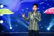 Ngọc Sơn, Hồ Quang Hiếu lịch lãm trên sân khấu Sài Gòn Đêm Thứ 7