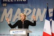 Ứng viên cực hữu Pháp Le Pen cáo buộc đối thủ lờ vấn đề khủng bố