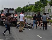 Đâm vào đuôi xe bán tải, đôi nam nữ đua xe trái phép bị thương nặng