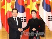 Chủ tịch Quốc hội Nguyễn Thị Kim Ngân hội đàm với Chủ tịch Quốc hội Hàn Quốc