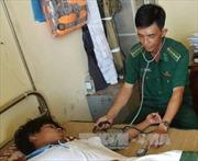 Cà Mau cứu sống 2 người trôi dạt trên biển