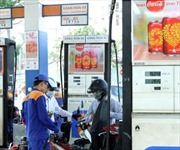 Hà Nội: Dán tem công tơ cột xăng dầu để chống thất thu thuế