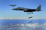 Liên quân Mỹ không kích đoàn xe của quân đội Syria