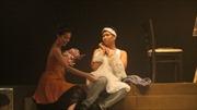 Lôi cuốn sinh viên học ngoại ngữ bằng sân khấu hóa những vở kịch tiếng Anh