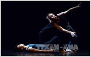 Nghệ sỹ Nhà hát Vũ kịch Belarus biểu diễn tại Việt Nam