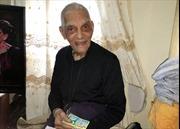 Ông lão 94 tuổi trúng vé số hàng trăm lần, kiếm triệu đô
