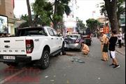 Hà Nội: Tai nạn liên hoàn giữa 4 xe ô tô trên phố Bà Triệu, 3 người bị thương